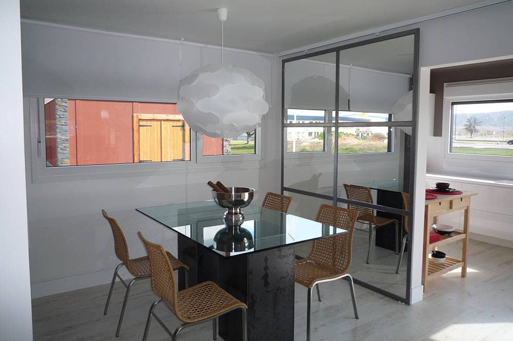 Comedor - Casa prefabricada Vanguardista